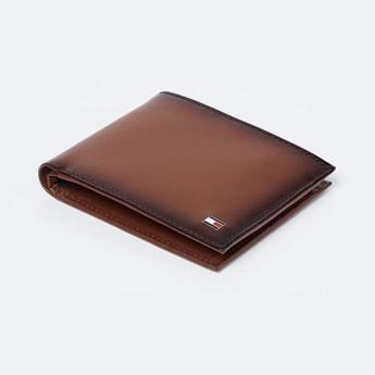 TOMMY HILFIGER Solid Bi-Fold Wallet