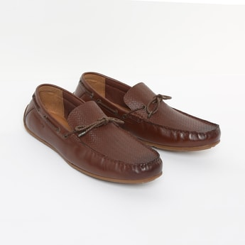 RED TAPE Genuine Leather Boat Shoes with Herringbone Pattern