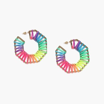 TONIQ Thread Detailed Earrings