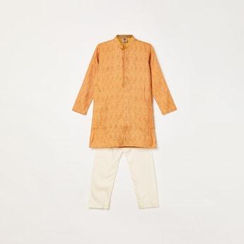 MANYAVAR Boys Jacquard Patterned Kurta with Pyjama