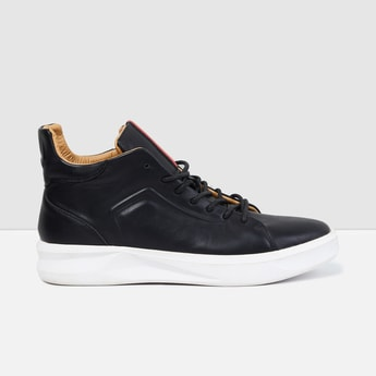 MAX Textured High-Top Casual Shoes