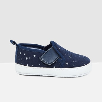 MAX Star Print Slip-On Casual Shoes