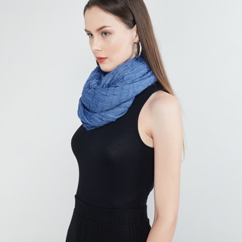 MAX Solid Scarf with Crush Detailing