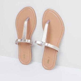 MAX Bow Detailed T-strap Flats
