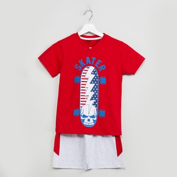 MAX Printed V-neck T-shirt with Melange Shorts