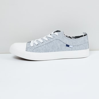 MAX Solid Sneakers with Lace-Up Detailing