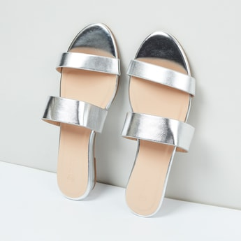 MAX Flat Sandals with Sheen Straps