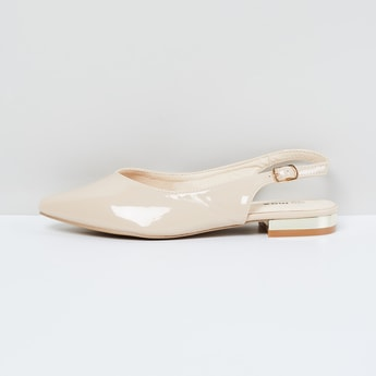 MAX Pointed-Toe Slingback Sandals