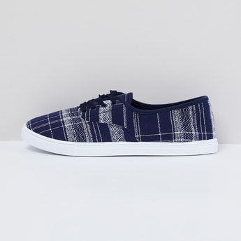MAX Checked Lace-Up Casual Shoes