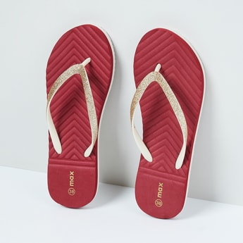 MAX Textured Footbed with Shimmery Straps
