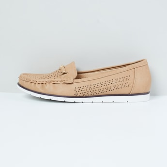 MAX Laser-Cut Detailed Loafers