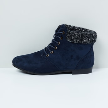 MAX Solid Mid-Top Boots