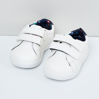 MAX Solid Velcro-Strap Shoes