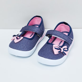 MAX Bow Detailed Shoes