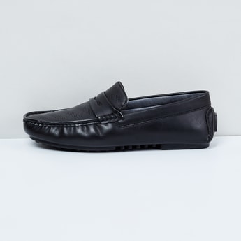 MAX Perforated Texture Loafers