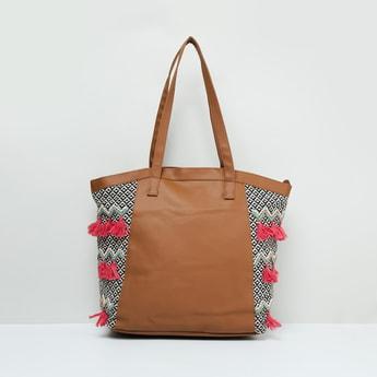 MAX Tassel Detailed Tote Bag