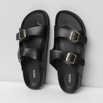 MAX Textured Flat Sandals with Buckle Closure