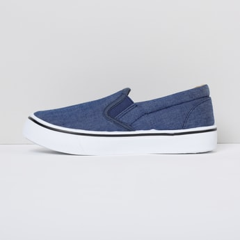MAX Solid Slip-On Shoes