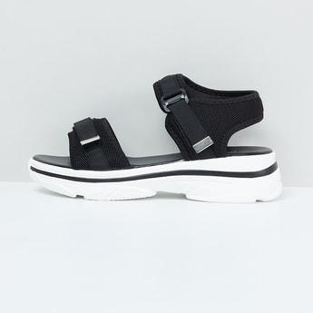 MAX Solid Platform Sandals