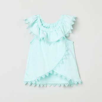 MAX Solid Lace Detailed Top