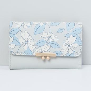 MAX Printed Bi-Fold Flap Closure Wallet