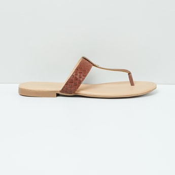 MAX Weave Textured T-strap Flat Sandals