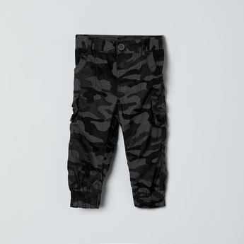 MAX Camouflage Print Cargo Joggers
