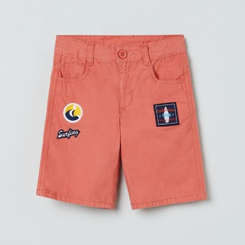 MAX 5-Pocket City Shorts with Applique