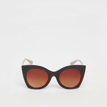 نظارة شمسية سادة بتصميم فراشة