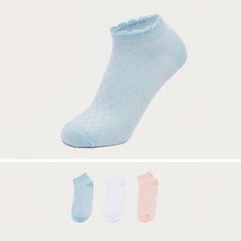 Pack of 3 - Textured Ankle Length Socks with Scalloped Hem