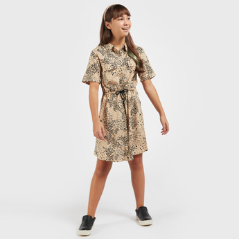 All-Over Print Knee-Length Dress with Short Sleeves and Pockets