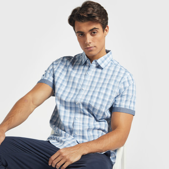 Checked Shirt with Short Sleeves and Patch Pocket