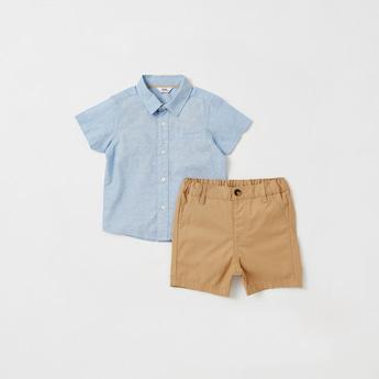 Textured Short Sleeves Shirt and Shorts Set