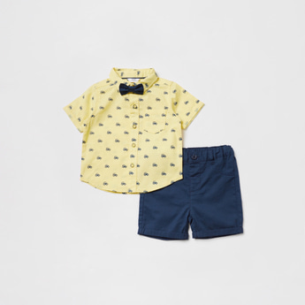 All-Over Print Short Sleeves Shirt with Solid Shorts