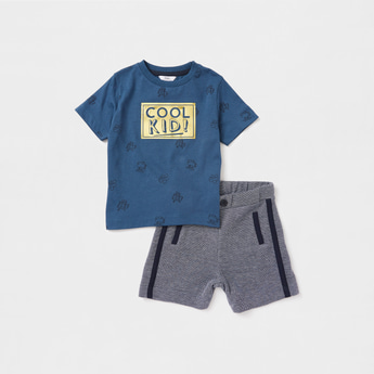Foil Print Short Sleeves T-shirt with Textured Shorts Set