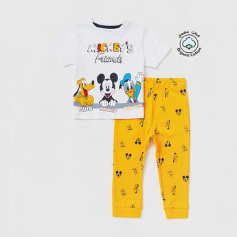 Mickey's Friends Print Short Sleeves T-shirt and Full-Length Pyjama Set