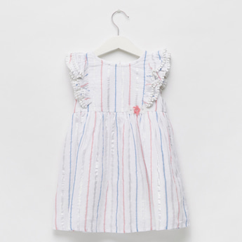 فستان مخطط طول الركبة بأكمام مكشكشة وزر إغلاق