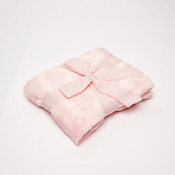 Heart Embossed Fleece Blanket - 80x80 cms