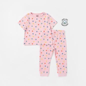 Polka Dotted Round Neck T-shirt and Full Length Pyjama Set