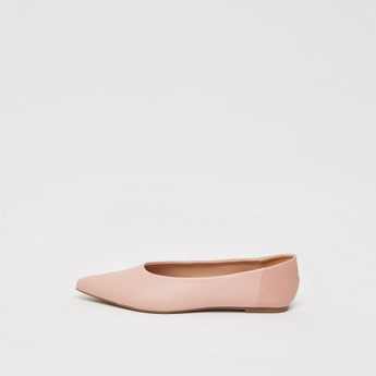 حذاء باليرينا سادة سهل الارتداء بمقدمة مدببة