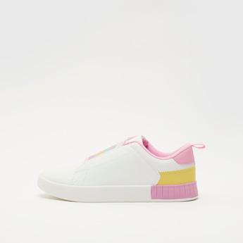 حذاء سهل الارتداء بتزيينات جليتر