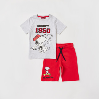 Snoopy Print Round Neck T-shirt and Shorts Set