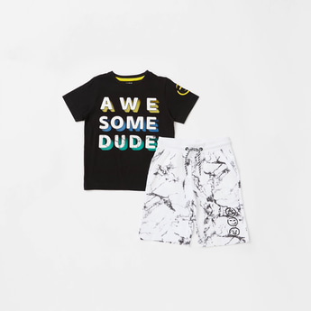 Awesome Print T-shirt with Short Sleeves and Shorts Set