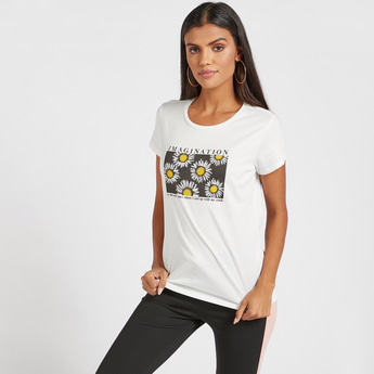 Slogan Print T-shirt with Round Neck and Cap Sleeves
