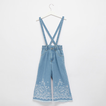 Embroidered 3/4 Length Jeans with Cross Belts and Button Closure
