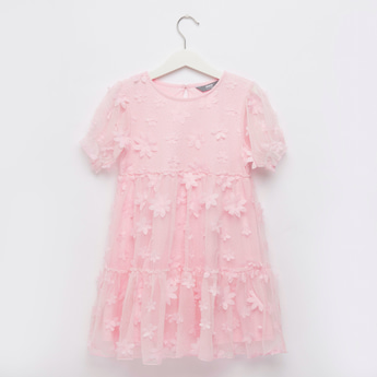 3D Floral Textured Knee Length Tiered Dress with Short Sleeves