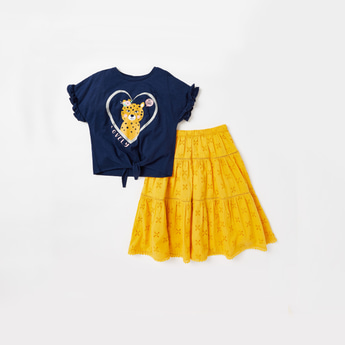 Graphic Print Short Sleeves T-shirt with Schiffli Detail Skirt Set