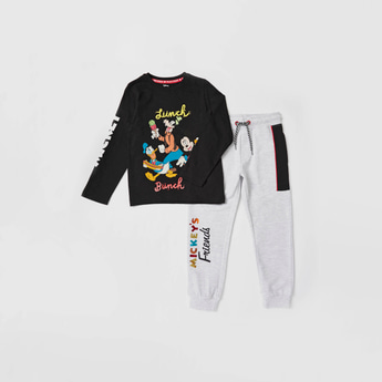 Mickey Mouse & Friends Print T-shirt and Jog Pants