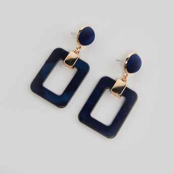Dangling Earrings with Metallic Detail and Pushback Closure