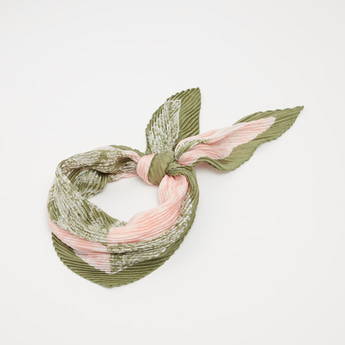 Printed Scarf with Pleat Detail